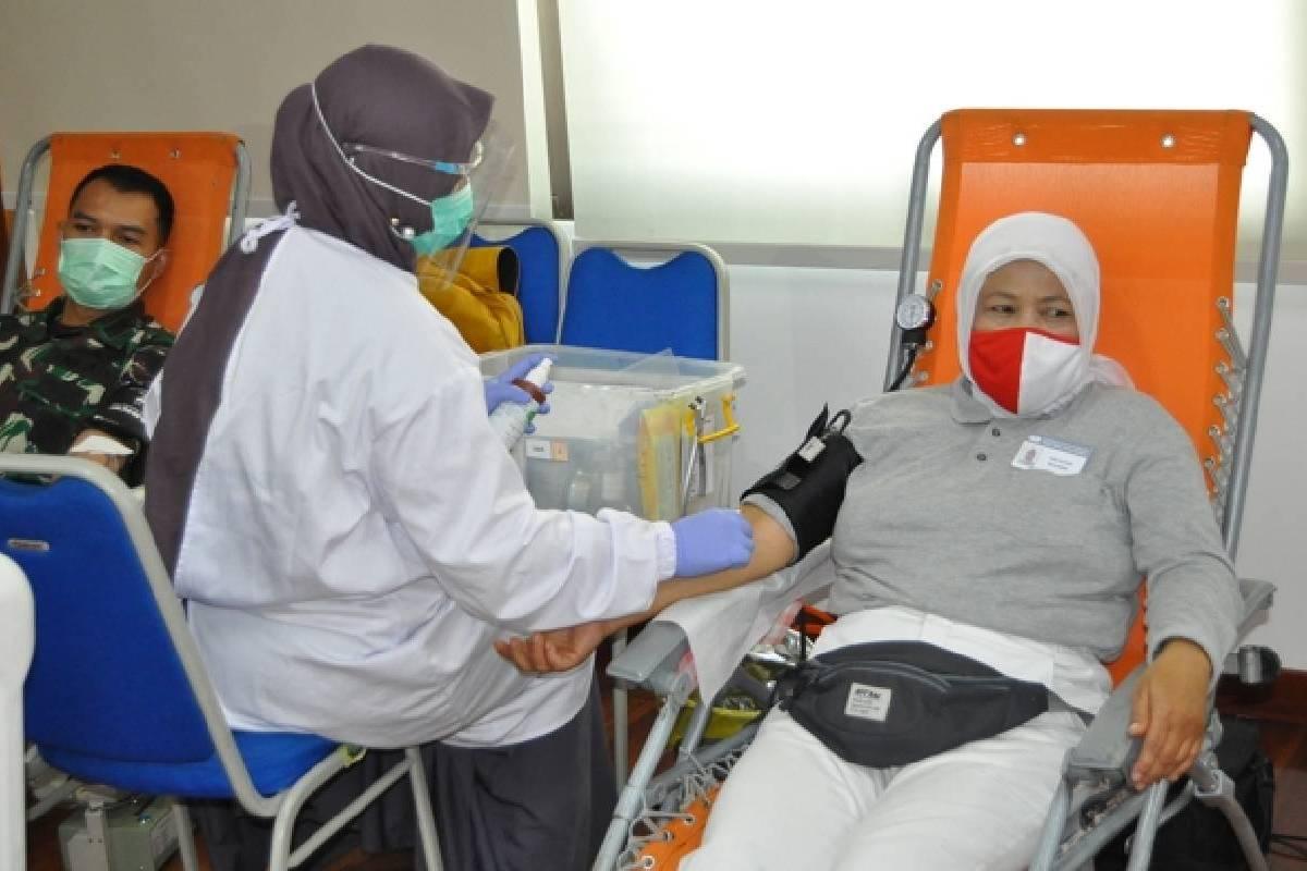 Mendonorkan Darah untuk Membantu Sesama