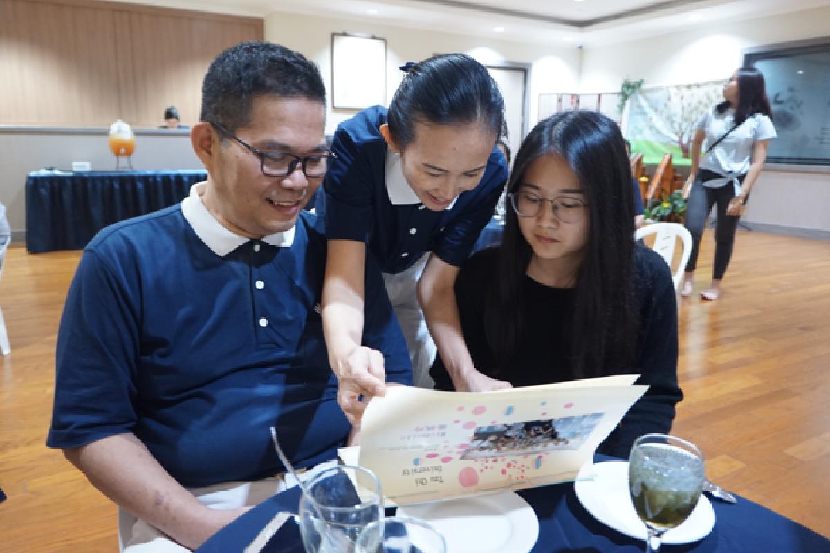 Keluarga-Keluarga Bahagia di Tzu Chi