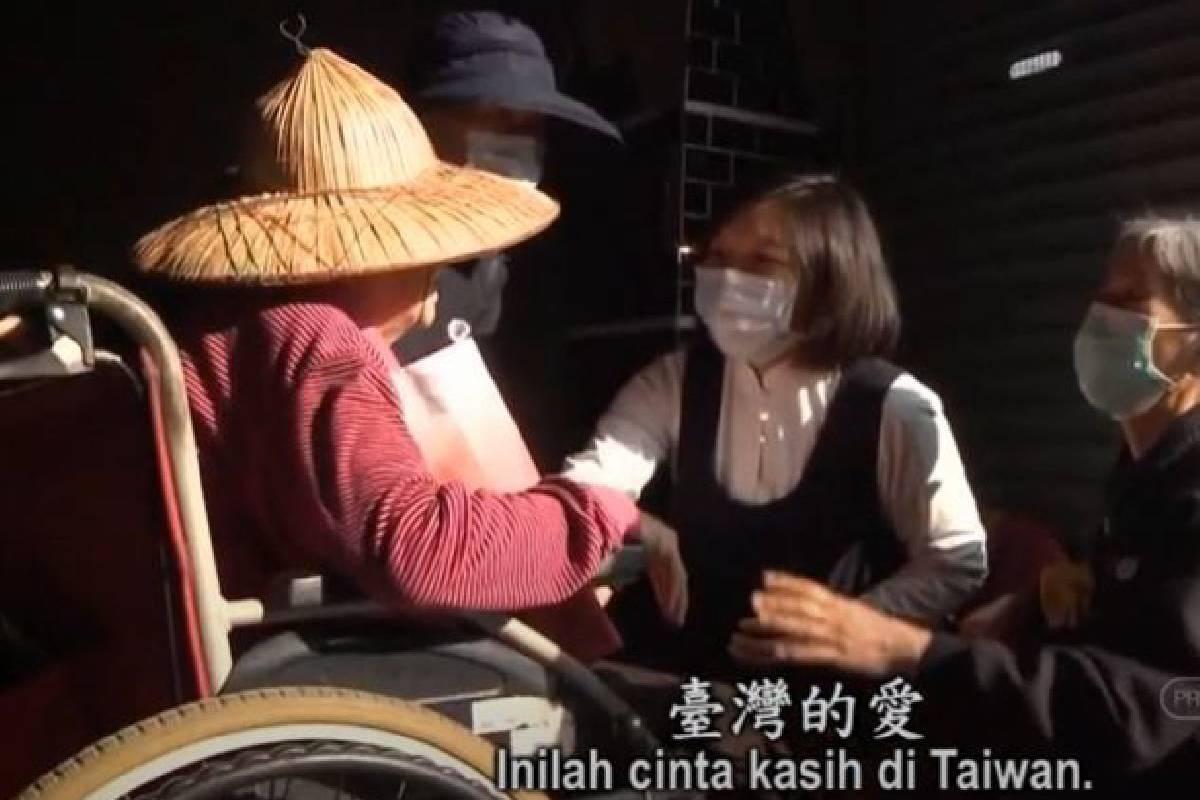 Ceramah Master Cheng Yen: Memberi Perhatian dan Mewujudkan Keindahan Cinta Kasih