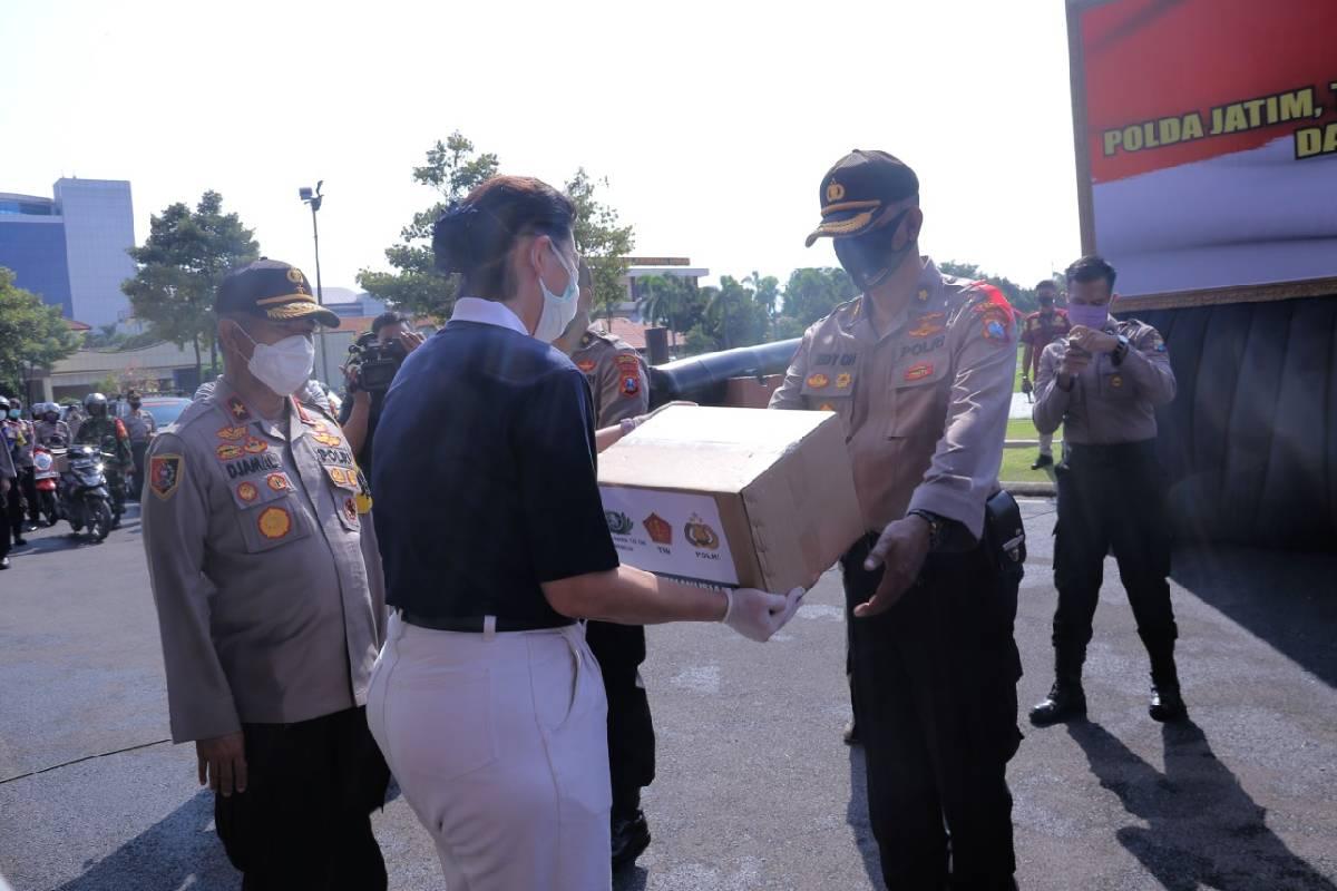 Paket Sembako, Bentuk Perhatian untuk Warga Terdampak Covid-19 di Surabaya