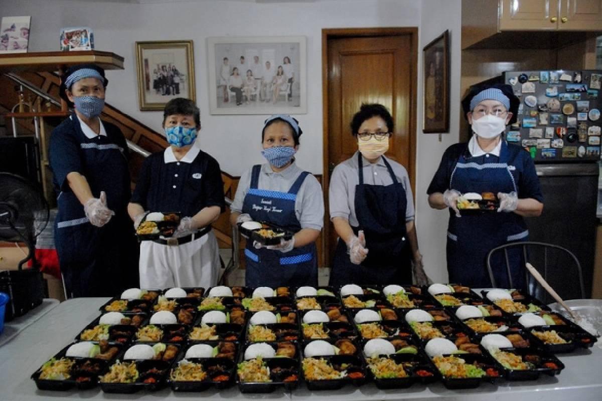 Sumbangsih Tim Konsumsi untuk Membantu NTT