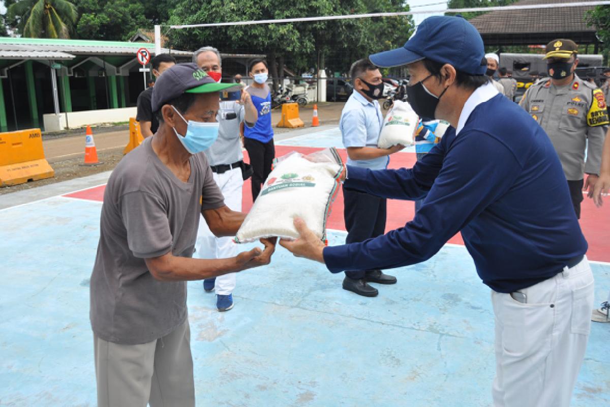 Bantuan Beras Mengalir ke Seluruh Indonesia