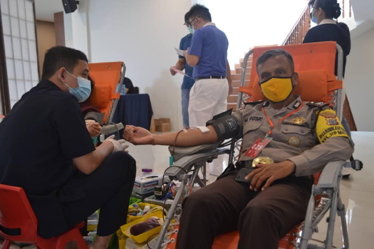 Relawan Pekanbaru Menebar Cinta Kasih Melalui Donor Darah