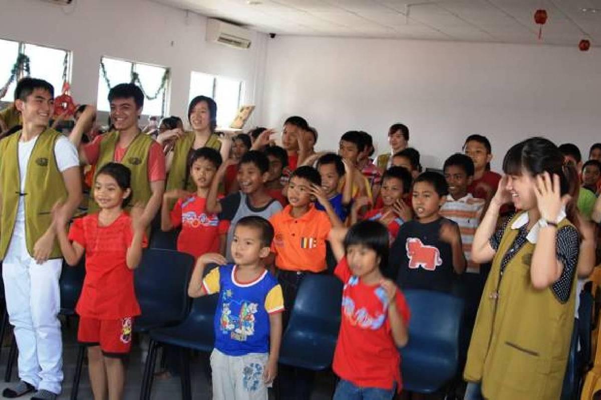 Rasa Syukur Anak-Anak di Radmila