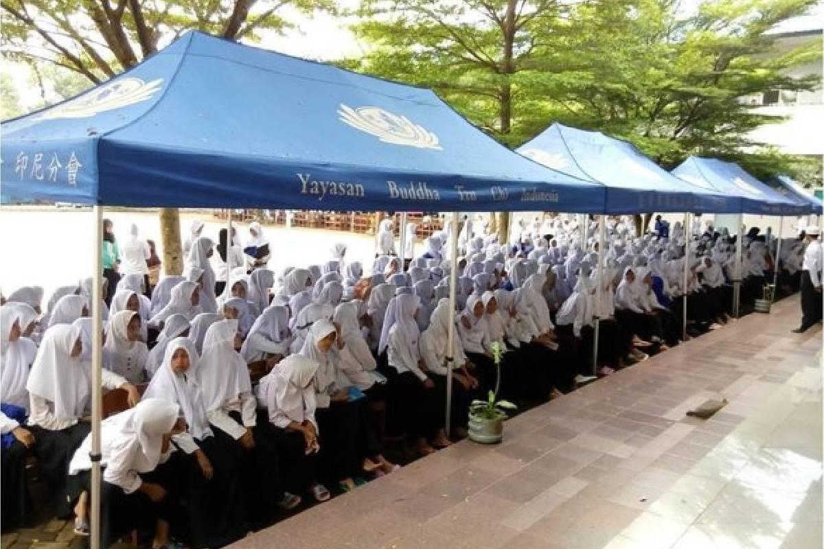 Baksos dalam Rangka Ulang Tahun DAAI TV Ke-10 di Ponpes Nurul Iman