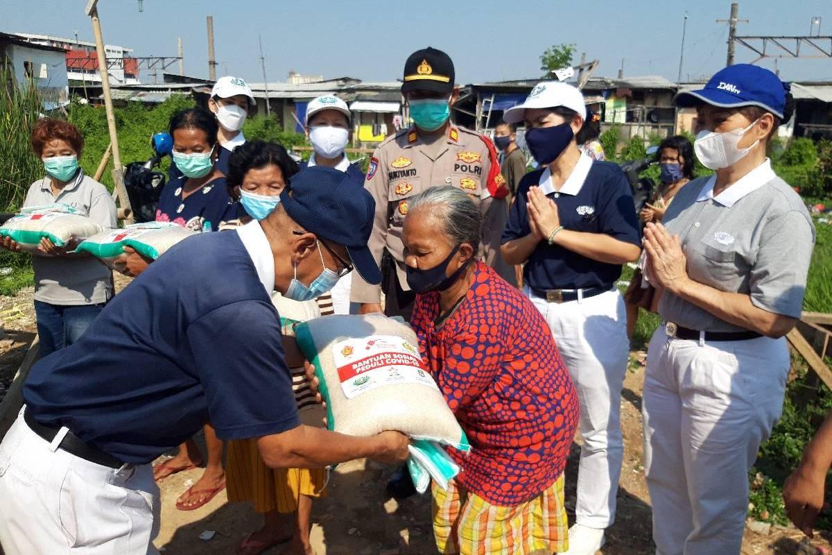 Bantuan Sosial Peduli Covid-19 di Kelurahan Ancol dan Kelurahan Pademangan Barat