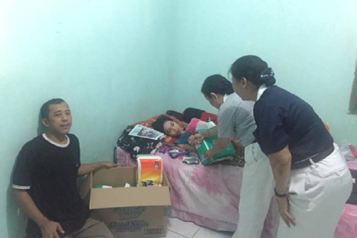 Menyemangati Nurul, Korban Gempa Palu