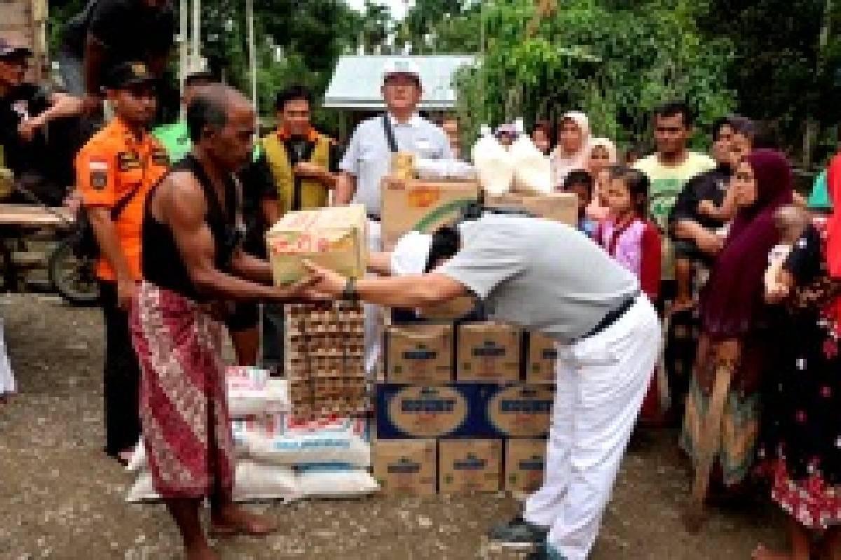Bantuan Banjir untuk Warga di Aceh Utara
