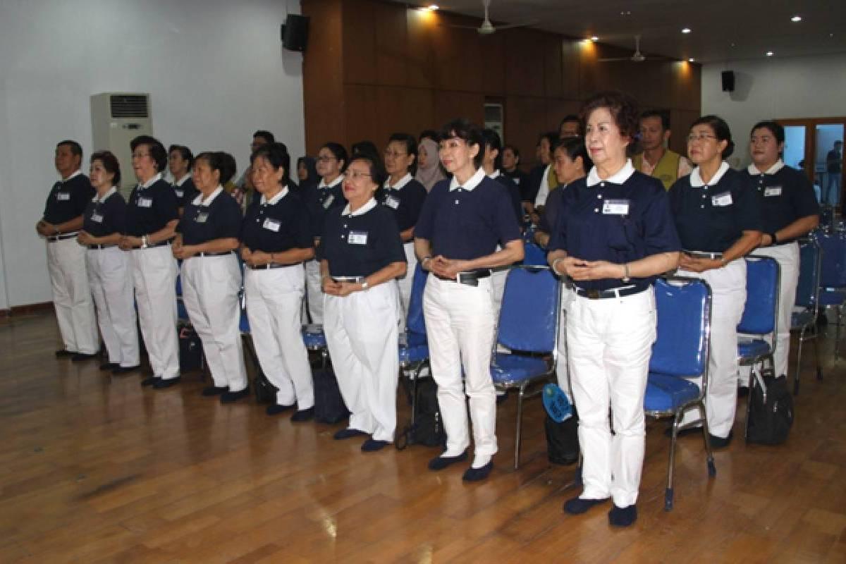 Melatih dan Membina Insan Tzu Chi Makassar
