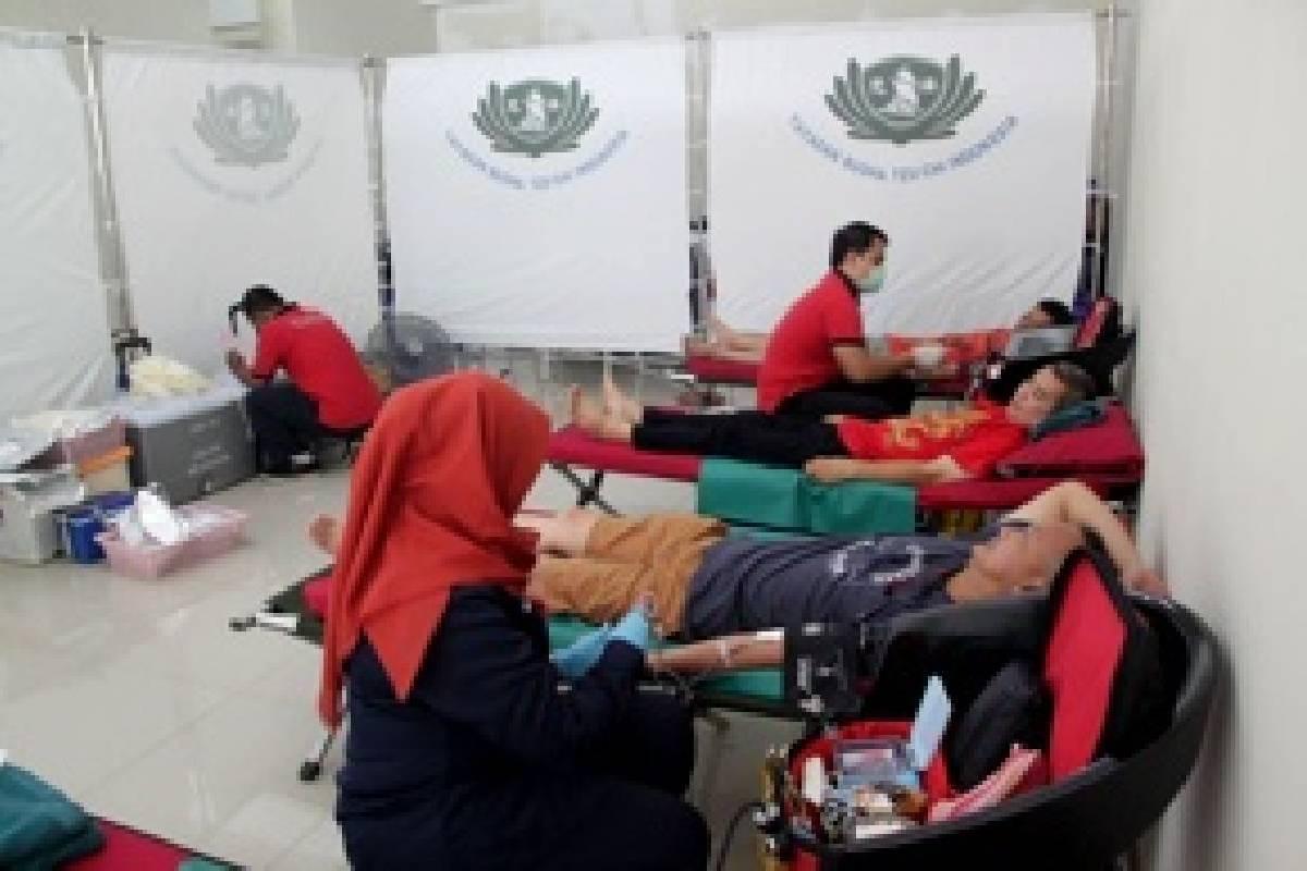 Donor Darah di Apartemen Teluk Intan