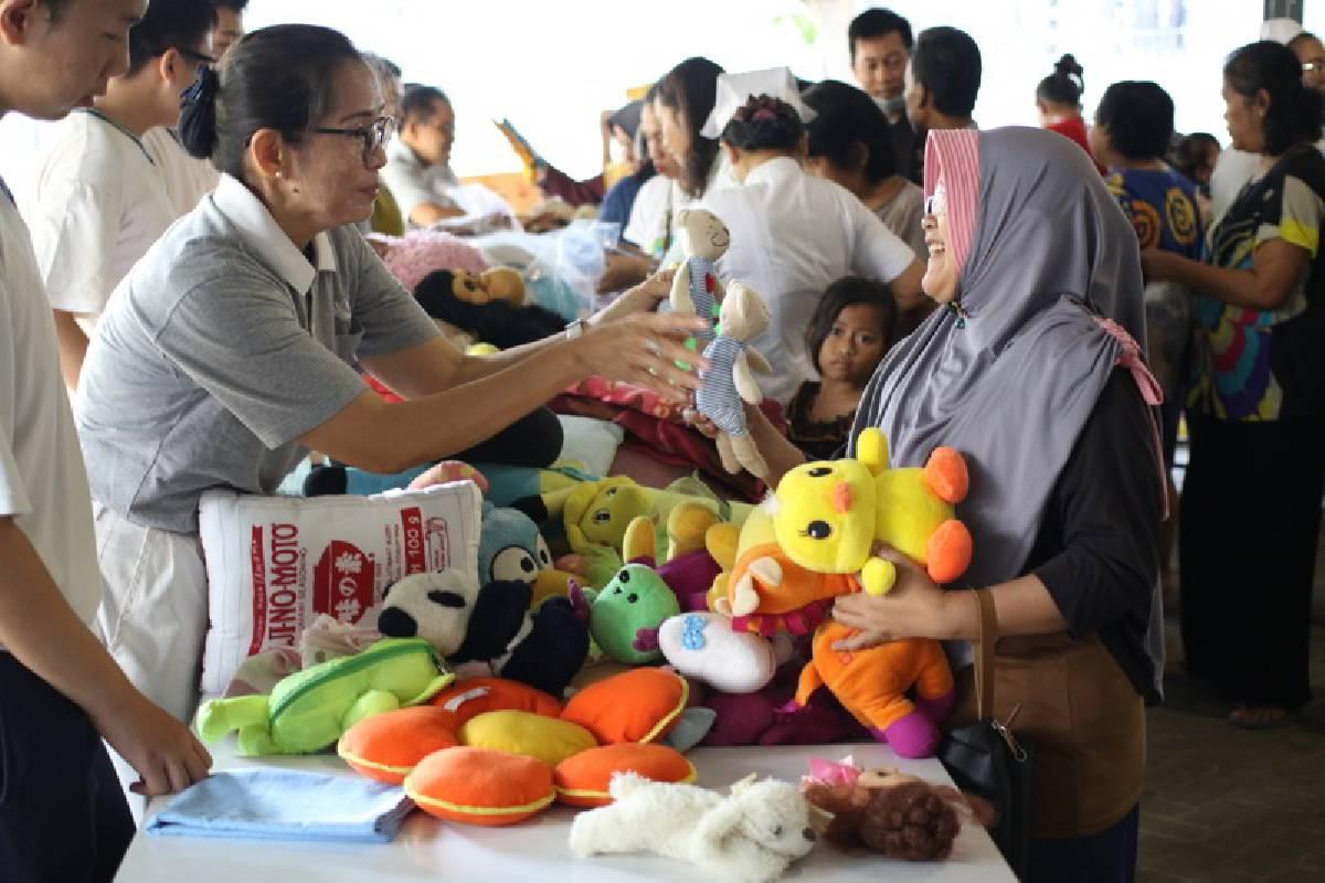 Bazar Reuse, Demi Pelestarian Lingkungan, Lalu untuk Amal