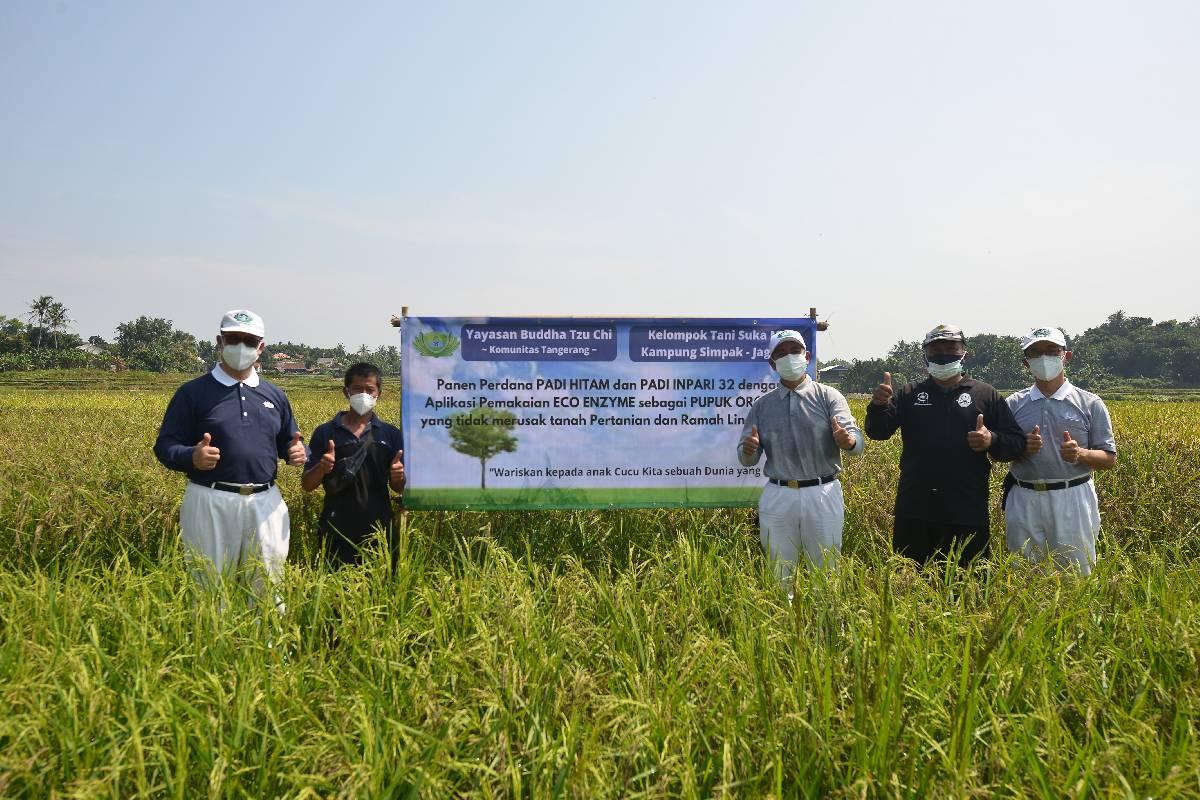Ini Cara Relawan Tzu Chi Genjot Pertanian Ramah Lingkungan