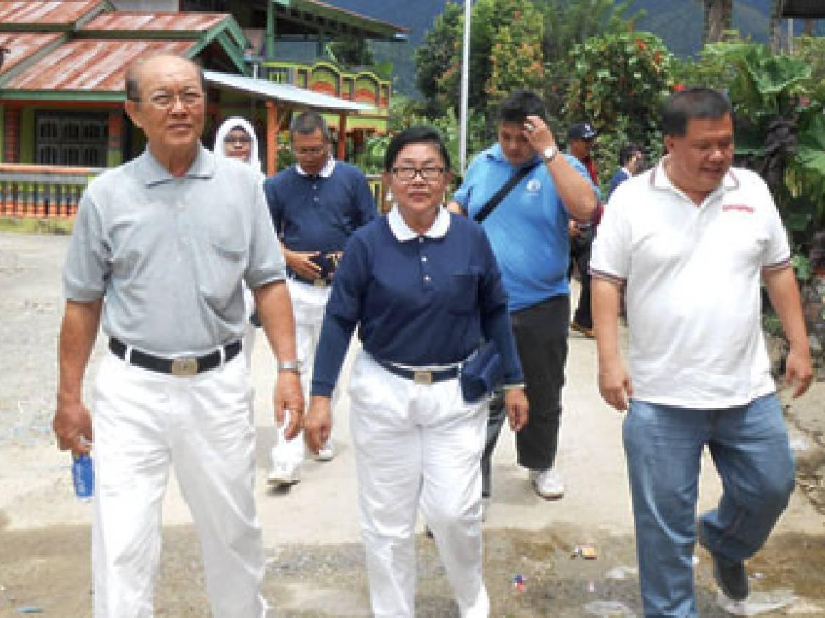 Relawan Tzu Chi Padang : Kwe Sun Kie (Susi)