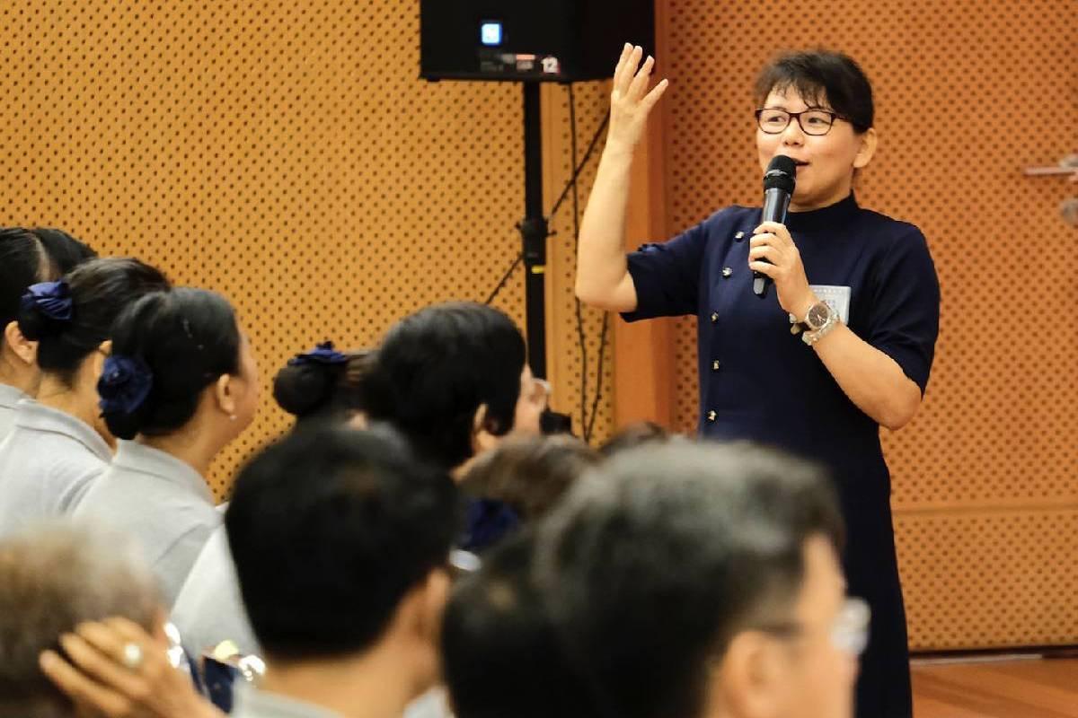 Pembinaan Diri Bagi Relawan Tzu Chi