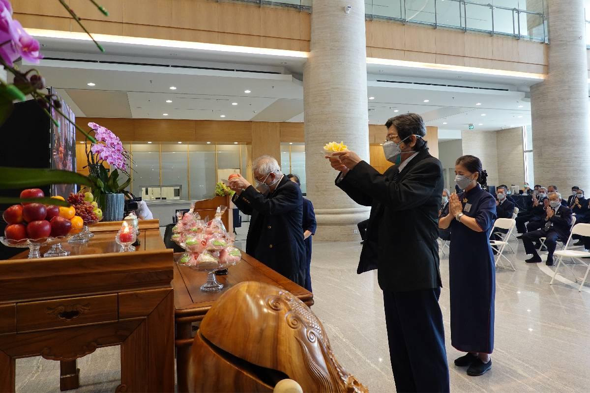 Kebaktian dan Doa Bersama untuk Kelancaran Operasional Tzu Chi Hospital