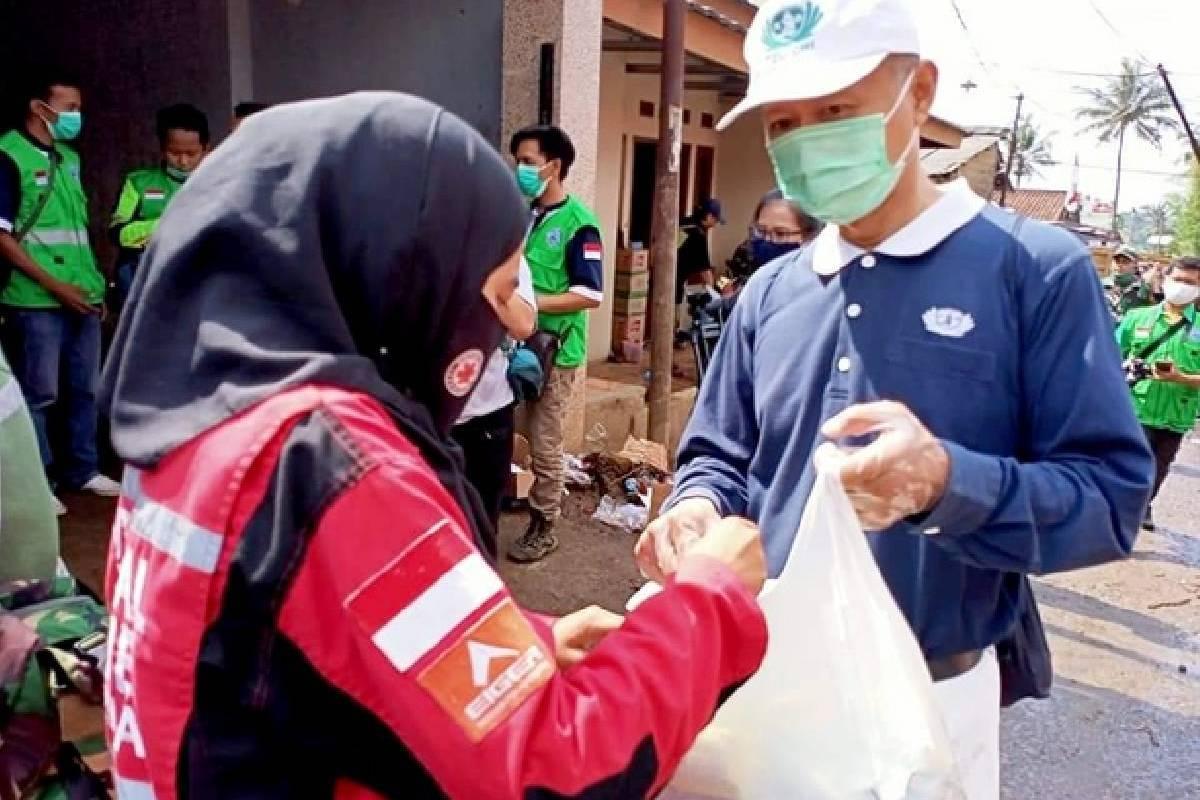 Penyaluran Bantuan Banjir Bandang di Sukabumi Terus Berlanjut