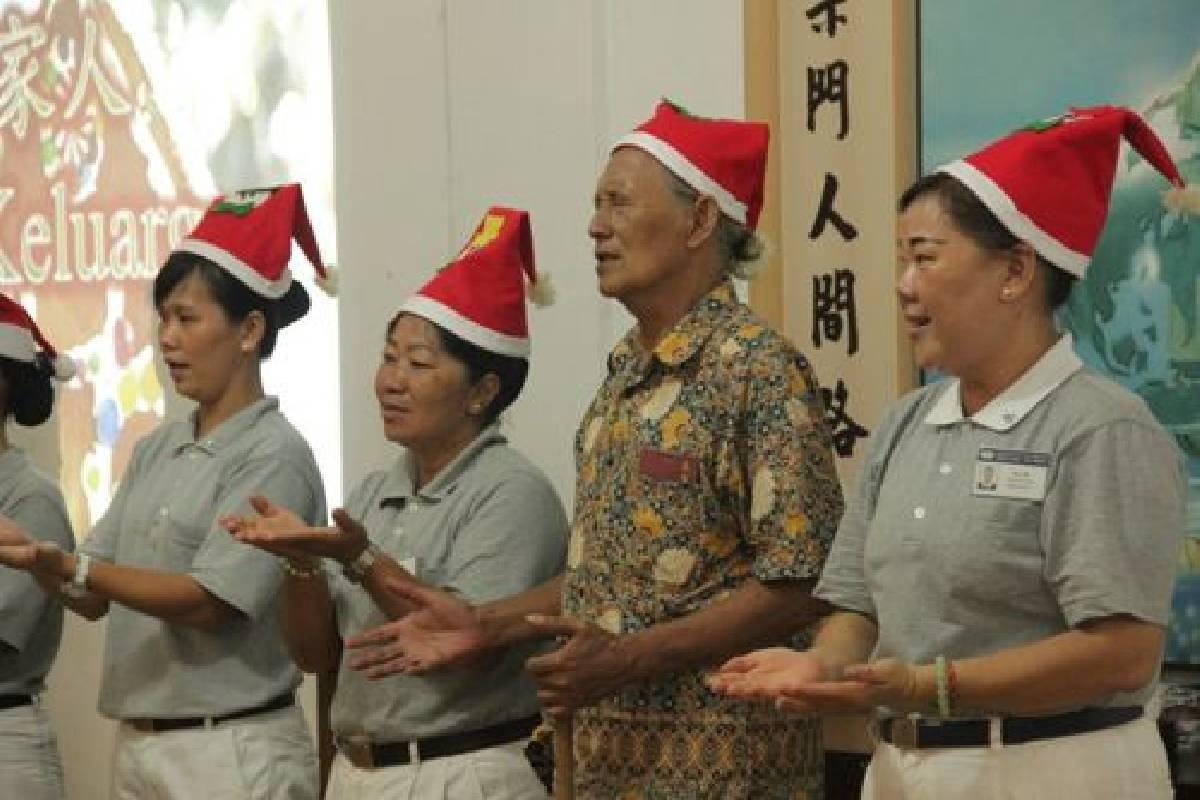 Kebahagiaan Merayakan Natal Bersama