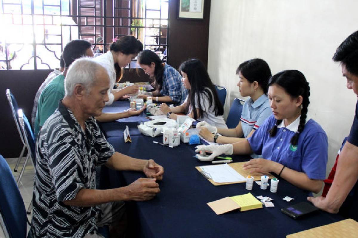 Rasa Syukur dan Harapan di Ulang Tahun Tzu Chi Singkawang yang ke-6