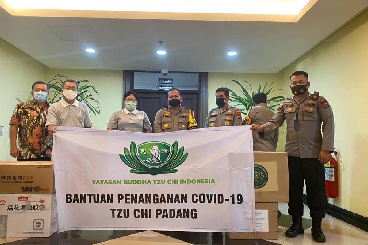 Bantuan 190 Ton Beras Cinta Kasih di Sumatera Barat