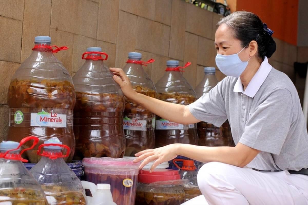 Yuk Rasakan Sendiri Manfaat Eco Enzyme