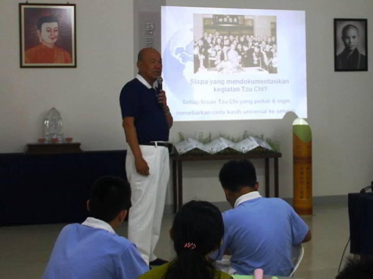 Djaya Iskandar (Relawan Tzu Chi Batam)