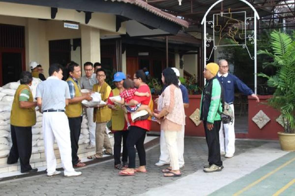 Kebahagiaan Terpancar Diraut Wajah Warga Tanjung Priok