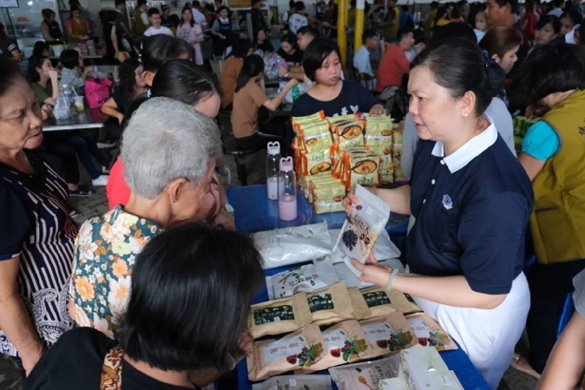 Bazar Vegetarian Pertama Tzu Chi di Tanjung Pinang
