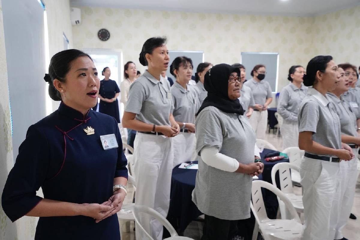 Bersungguh Hati dalam Pembekalan Diri Sebagai Relawan Tzu Chi