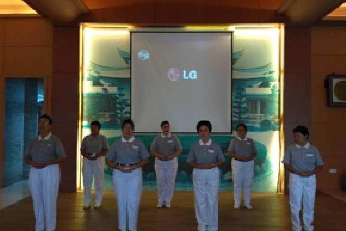 Sosialisasi Tzu Chi untuk Warga Perumahan Cinta Kasih di Padang