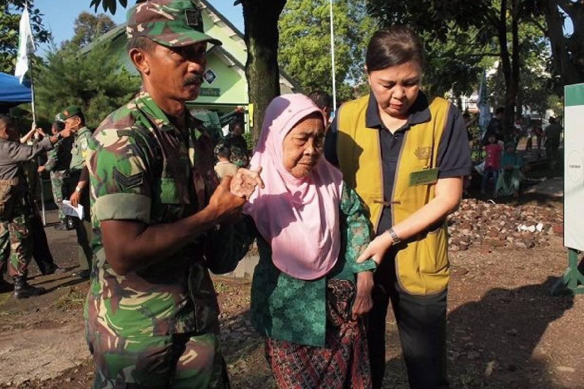 Screening Baksos Kesehatan Tzu Chi Ke-111: Doa Pipih untuk Nasrul