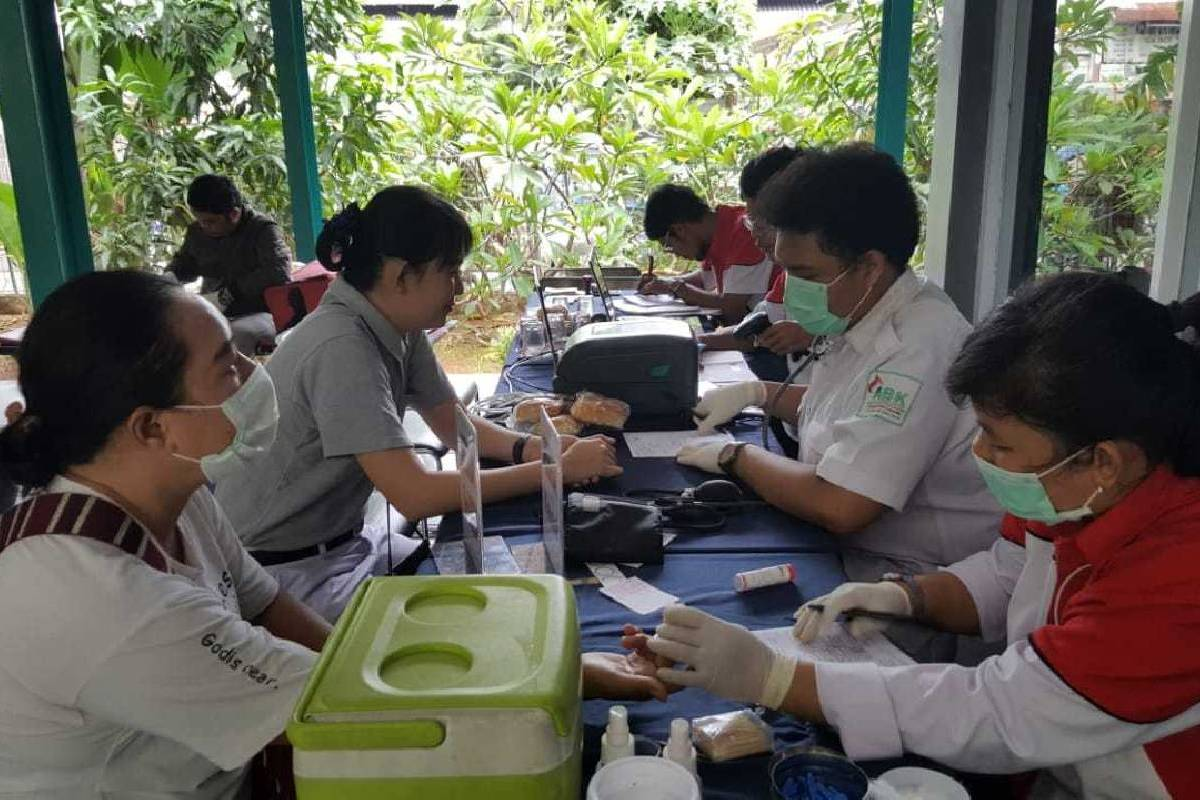 Donor Darah di RPTRA Alur Dahlia