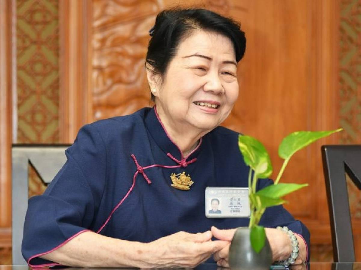 Relawan Tzu Chi Jakarta: Desi Widjaja
