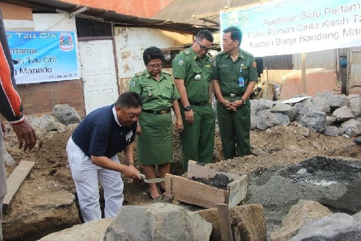 Peletakan Batu Pertama Rumah Cinta Kasih Tzu Chi di Manado