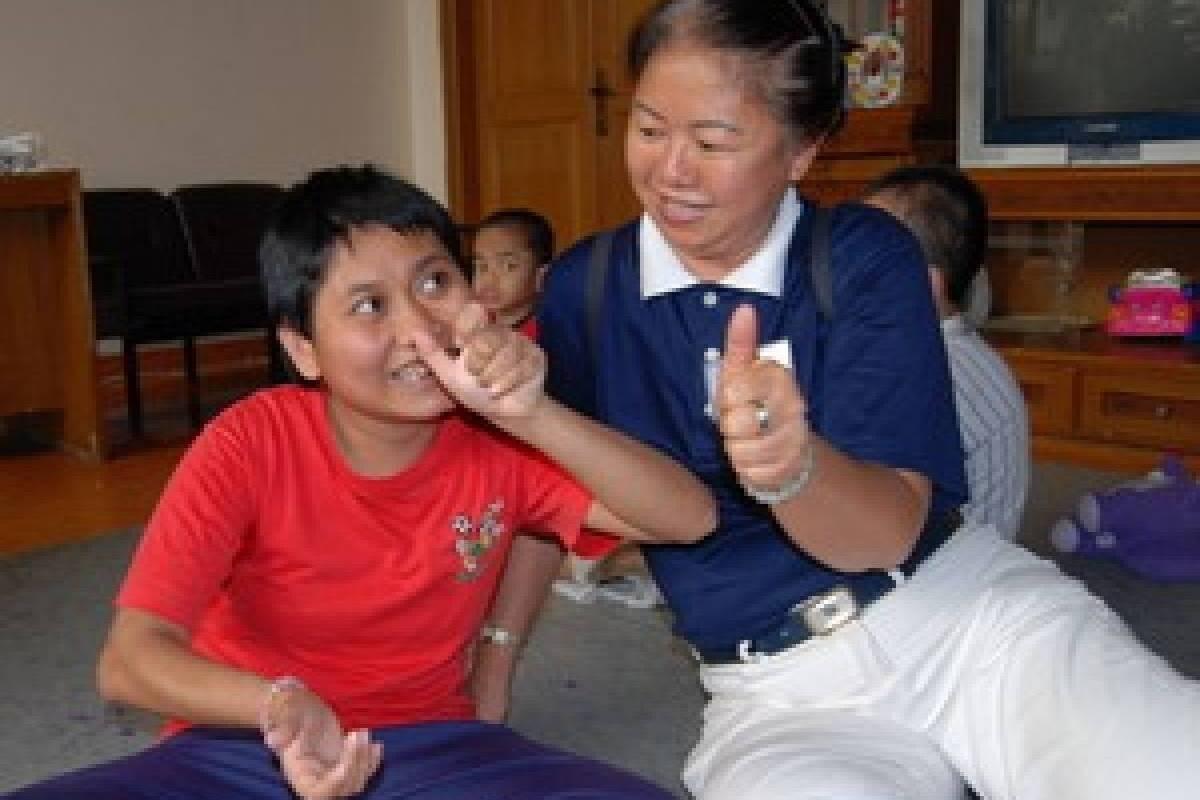 Dari Tzu Chi untuk Anak-anak Bhakti Luhur