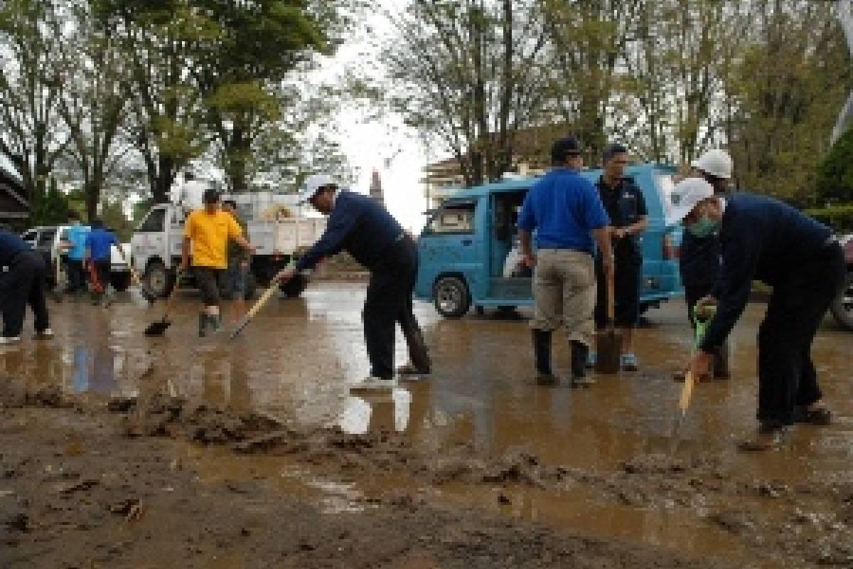 Banjir Manado: Bergerak Memberi Bantuan