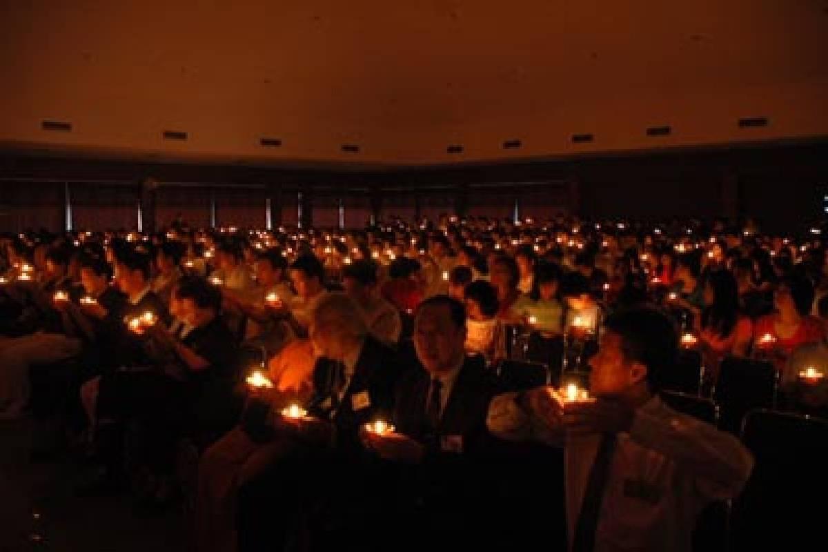 Pemberkatan Akhir Tahun Hari Yang Penuh Rasa Syukur